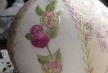 EMBROIDERY / by Lynne Logue