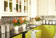 Dream Home: Kitchen / by Sarah Jensen