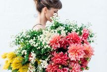 a floral life / Images of flowers, florals, the elegant and lush.