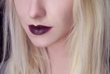 Makeup / by Maffi