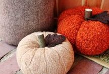 SMP : Fall   Autumn / Fall   Autumn Inspirations : Think comfy cozy sweaters, Ugg boot, pumpkins and a ton of leaves !