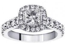 Diamond Rings / by Pimpun W.