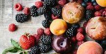 Rezepte | Beeren vom Frühling bis zum Herbst / Erdbeere, Himbeere und Rhabarber, unsere große Obstliebe braucht Rezeptideen! Evi und Jule vom Craftyneighboursclub haben auf diesem Board feine Ideen mit Beeren und Co gesammelt. Viel Spass beim Ausprobieren!