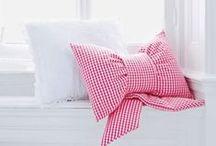 DIY | Kissen nähen / Selbstgenähte Kissen verschönern jedes Zimmer, unsere ausgesuchten Ideen auf einen Blick - von Maritim bis Weihnachtlich
