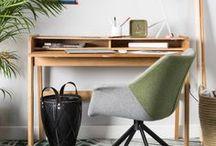 Zuiver sur MonDesign.com / La marque Zuiver prpose une collection d'articles contemporains et innovants en provenance du monde entier, spécialement sélectionnés par l'équipe des créateurs de ZUIVER. Découvrez tous les produits de la gamme sur le site MonDesign.com, mobilier, luminaire, accessoires ...