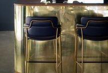 Laiton - Brass / En petite touche, ou dans toute la maison, le laiton s'invite dans nos intérieurs. Avec son apparence doré, il inspire les créateurs et donne un côté plus élégant à un objet banal.