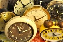 Cloks Vintage Relojes # / by Esther Sanchez Miyar