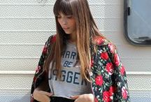 Shana Looks / Looks con prendas y accesorios Shana/ Looks with Shana's clothes and accessories.