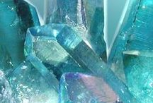crystal & stone power ❇