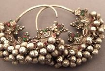 Ancient jewelry (world)