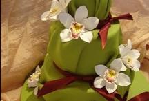 Cake Design - Cakes / by Luz Quintal