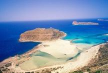 Creta - Grecia  / Creta este cea mai mare insula a Greciei. Farmecul si atractia magica a insulei este sporita de ospitalitatea, caldura locuitorilor si de apa limpede a marii.  Atractii turistice: Chania - merita vizitat pentru cladirile sale de influenta turceasca si venetiana, pentru portul de vase de croaziera de-a lungul caruia se intand taverne, terase, pentru turnurile albe ale bisericilor si lungile strazi pavate. Mai multe detalii aici:  http://goo.gl/rd15x