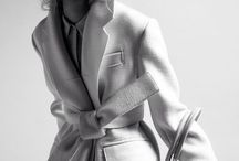 Juste un trench / Every girl needs at least one.