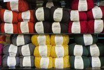 "Lana Grande / Fiber:100% Peruvian Highland Wool Yardage:100 g (3.5 oz) /87.5 yds (80 m) Gauge:8-10 sts = 4"" (10 cm) on US 13 - 17 (9.0 -12.0 mm) needles Yarn Weight: #6 Super Bulky Wash:Hand Wash Cold, Lay Flat to Dry"