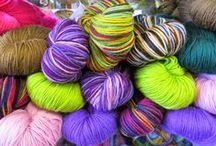 Heritage / Weight - Fingering / 4 ply (14 wpi) Wraps per inch Yardage - 437 yards (400 meters) Unit weight - 100 grams (3.53 ounces) Gauge - 28.0 to 32.0 sts = 4 inches Needle size - US 1 - 3 or 2.25 - 3.25mm Fibers - 75% Merino. 25% Nylon (Polyamide) Machine wash? yes