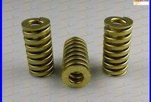 DIE SPRINGS - MUELLES DE MATRICERIA / Die springs according to ISO 10243 and JIS B5012 - Muelles de matriceria de acuerdo a norma ISO 10243 y JIS B5012