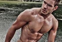 Men / Photos of hot men. Enough said.