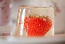 Desserts / by Lina Lora
