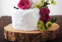 Wedding Cakes / Yummy looking cakes & cake alternatives / by Candace Fulford