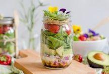 DIY: Mason Jars / Salat im Glas, schöne DIY-Ideen mit Mason Jars oder Rezepte für die nächste Grillparty. Hauptsache, es ist im Glas angerichtet oder dekoriert.