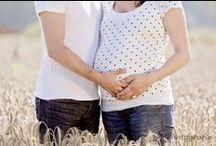 Fotografie: Babybauch / Liebende Paare, schöne runde Bäuche und jede Menge Liebe - ein unvergesslicher Moment im Leben in Bildern festgehalten.