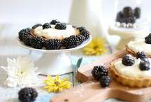 Rezepte: Brombeeren / Süße und herzhafte Rezepte rund um Brombeeren. Egal, ob die Brombeere eine Hauptrolle spielt oder nur zur Dekoration dienen - Hauptsache, die Brombeere ist eine Zutat der unterschiedlichen Gerichte.