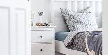 Gästezimmer: Inspiration / Gästezimmer, egal ob groß oder klein, können mit wenigen Handgriffen zu einer gemütlichen kleinen Oase hergerichtet werden. So fühlen sich eure Gäste wohl und kommen gern wieder. Da ist es auch egal, ob das Schlafsofa auf die Lieben wartet oder ein kuschliges Bett - hauptsache, ein Rückzugsort ist gegeben. Ein paar Einrichtungsideen für das Gästezimmer findet ihr in diesem Board.