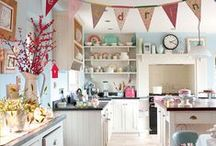 Kitchens & Pantries / by Lynette Gurley