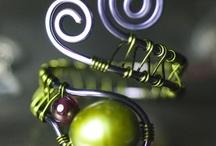 Wire Jewelry/Alambrismo / by Yvette Ruiz