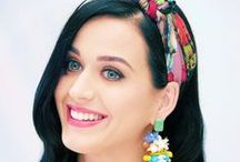 Katy Perry / She never ages and is one of the most prettiest people I know, also she is my idol!