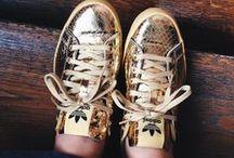 Sneakers / The Walking Shoe