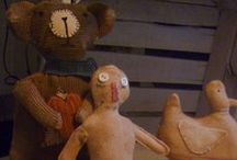 primitive art dolls and etc