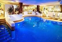 Cool Photos Of Swimming Pools & Hot Tub Spas - PoolAndSpa.com / Cool Swimming Pool and Hot Tub Spa Photos - PoolAndSpa.com