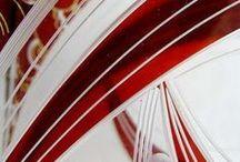 PALDA  Czech Glass /  Československý sklářský výtvarník.Firma Karla Paldy byla založena v roce 1898 v Haida-Novém Boru v Čechách.Roku 1920 založena sklářská rafinerie Karel Palda.Kolem roku 1938 řídí fimu syn Jaroslav.Sortiment - broušené sklo ryté,lazurované a malované - jedinečný design,velké množství vzorů - nápojové a toaletní soupravy,flakony s kovovou montáží.Své zboží firma exportovala do celého světa.Znárodněna byla r.1945 do n,p. Borské sklárny.
