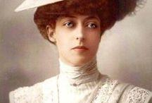 Edwardian and Belle Époque dress and fashion. / Dámská móda kolem roku 1900. Kouzlo starých časů. Výjimečnost a um krejčovských  prací předešlých generací.
