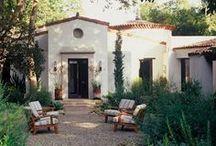 Spanish Revival Style / Inspiring Mediterranean stucco