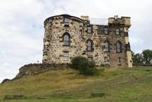Edinburgh / Edinburgh je hlavním městem Skotska