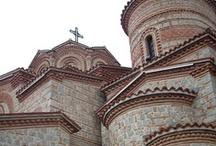 Ohrid / Ohrid je malé městečko na břehu stejnojmenného jezera ve střední Makedonii.