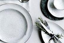 ◀▶ Dining set up