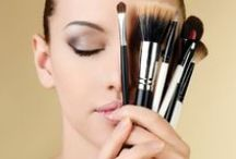 Make Up / Find here the Makeup tips and tricks that make you beautiful and pretty. Learn how to apply eye makeup.You are provided here with makeup tips which are simple and women can easily apply makeup with the help of them.A lot of tips to apply makeup are given here.