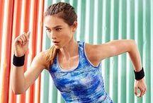 Sportovat nás baví / Dnes je na programu váš oblíbený sport – abyste byli fit a mohli na chvíli vypnout, mohli za sebe vydat vše a pobavit se s přáteli! Naše sportovní oblečení vás přitom doprovodí: http://bit.ly/sportovat-nas-bavi