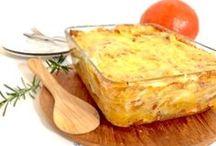 Kürbis Leckereien - Recipes with pumpkin / Hier herrscht die große Kürbis-Liebe. Ob als Suppe, Auflauf, im Brot oder im Kuchen - Kürbis ist so vielfältig und einfach so unglaublich lecker!