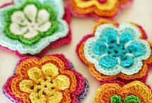 Háčkované, pletené / Dekorace, šperky, dolpňky aj. drobnosti