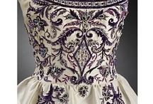 Haute Couture classics / The Metropolitan Museum of Art / Victoria & Albert Museum