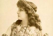 Sarah Bernhardt / Photos and paintings of Sarah Bernhardt