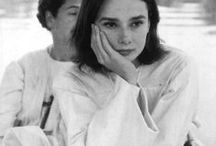 Není Audrey jako Audrey... / ....ale obě jsou krásné :-)