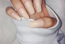 NAILS• / FINISHING TOUCH•
