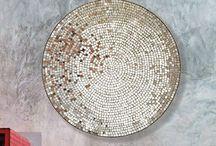 Mosaic Mirrors by Casa Mosaica Studio. / Hand-made mosaic mirrors made using Roman techniques.