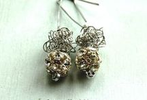 Vintage Handmade Jewelry / vintage handmade jewelry http://dragonflysjewelry.blogspot.cz/search/label/earrings