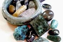 Minerals / Gemstones are gifts of nature and to rejoice with their beautiful shapes and colors, but also support mentally and physically with their soft power.